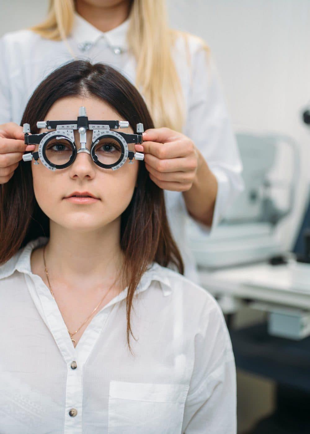 eyesight-test-optician-cabinet-vision-diagnostic-pcpj50339awot9q0ekp20as4tziw59t1nv97av1zg0-pichi@2x